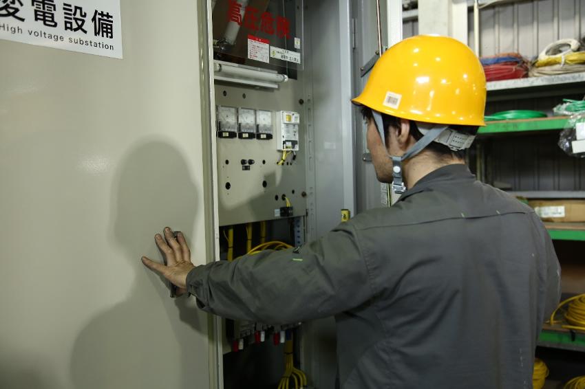キュービクル(高圧受電設備)導入の相場はいくら?